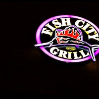 Das Foto wurde bei Fish City Grill von Ron R. am 7/10/2012 aufgenommen