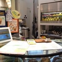 Photo taken at Very Veggie Flavors by mayumi_anko on 8/14/2012