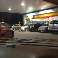 Photo taken at Shell Select by Girinha C. on 6/30/2012