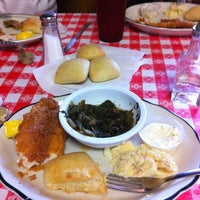 Photo taken at Mama's Table by Gogogabby007 on 4/27/2012