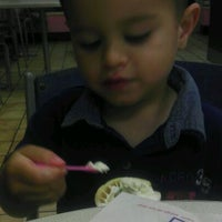 Photo taken at Baskin-Robbins by Francesca P. on 5/9/2012