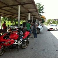 Photo taken at สนามแข่งรถสาธร by Mpk M. on 5/13/2012