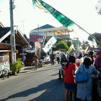 Photo taken at Kampoeng Ramadhan Jogokaryan by ezza d. on 8/1/2012