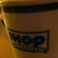 Снимок сделан в IHOP пользователем Rodrigo T. 4/13/2012