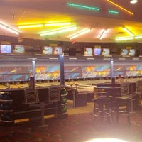 Photo taken at Brunswick Zone XL Brooklyn Park by Max on 7/3/2012