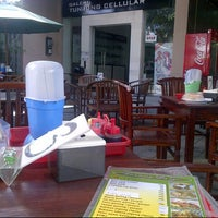 Photo taken at D'Tunjung Coffee by sonny w. on 7/21/2012