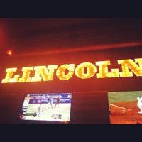Снимок сделан в The Lincoln Room пользователем Chris B. 7/15/2012