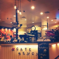 Photo taken at Cafe Bench by Kristen L. on 4/21/2012