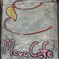 Foto tirada no(a) Maya Café por Luciano em 7/28/2012