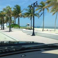 8/12/2012 tarihinde Hank G.ziyaretçi tarafından Fort Lauderdale Beach'de çekilen fotoğraf