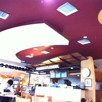 Photo taken at Starbucks by Darren L. on 5/14/2012