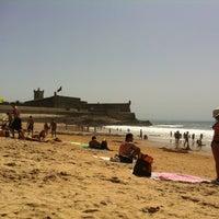 Foto tirada no(a) Praia dos Gémeos por Luis G. em 8/21/2012