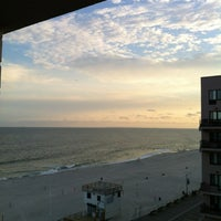 Photo taken at Allegria Hotel by Estelle on 6/18/2012