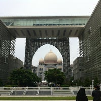 Photo taken at Istana Kehakiman (Palace of Justice) by Es R. on 5/25/2012