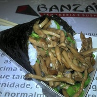 Photo taken at Banzai Temakeria e Sushi by Will V. on 8/26/2012