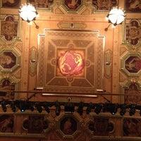 Foto diambil di Shubert Theatre oleh DenverVictoria pada 7/14/2012