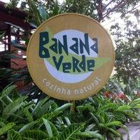 Photo taken at Banana Verde by João Henrique O. on 3/8/2012