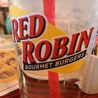 Photo taken at Red Robin Gourmet Burgers by Peggy J. on 5/17/2012