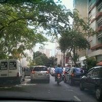 Foto tirada no(a) Rua Maria Antônia por Lauren d. em 4/4/2012