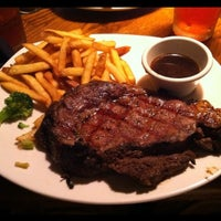 Photo taken at Outback Steakhouse by Daniel C. on 4/3/2012