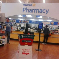 Photo taken at Walmart Supercenter by Domingo c. on 5/4/2012