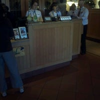 Photo taken at Olive Garden by Dennis L. on 5/12/2012