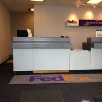 Photo taken at Fedex by Louis F. on 4/20/2012