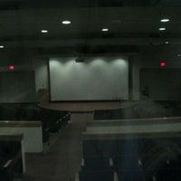 Foto tomada en Squires Student Center por Tauhid C. el 2/11/2012
