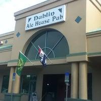 Photo prise au Dublin Ale House Pub par Jim S. le5/14/2012