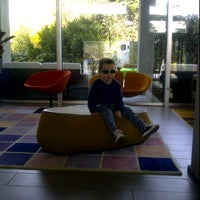 Photo taken at Mod 05 Living Hotel Castelnuovo del Garda by Marica B. on 3/24/2012