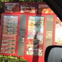 Foto tomada en Popeyes Louisiana Kitchen por Nicholas T. el 6/6/2012