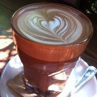 Foto tomada en Octane Coffee por Jennie H. el 9/9/2012