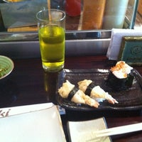 Foto tomada en Ibuki Sushi Bar por Stefan S. el 6/25/2012