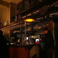 Foto tirada no(a) Urriola Café Resto Bar por Francisco P. em 6/30/2012