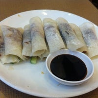 Photo taken at Duck King Restaurant by Melvin N. on 3/16/2012