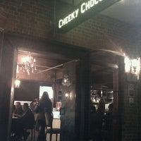 Foto diambil di Cheeky Chocolate oleh Tim Y. pada 2/10/2012