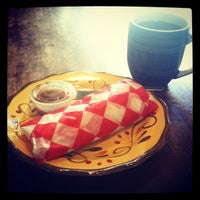 Photo taken at Turtle Rock Coffee etc. by Nico W. on 6/9/2012