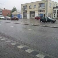 Photo taken at Bushalte Oliemuldersweg by André L. on 6/24/2012