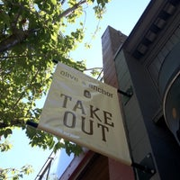 Foto diambil di Olive & Anchor oleh F pada 8/4/2012