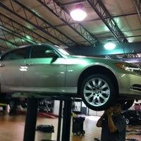 Photo taken at MINI of South Atlanta by Jé on 7/12/2012