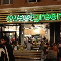 Photo taken at sweetgreen by EnriKe K. on 3/22/2012