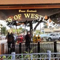 Photo taken at Joe's of Westlake by David G. on 8/5/2012