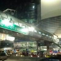 Photo taken at Pantip Plaza Ngamwongwan by noom t. on 6/18/2012