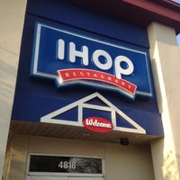 Photo taken at IHOP by Gold on 8/11/2012