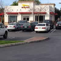 Photo taken at In-N-Out Burger by Wendy H. on 2/26/2012