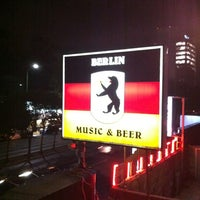 Photo taken at Berlín Music & Beer by Octavio C. on 4/22/2012