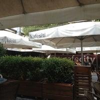 Снимок сделан в CafeCity пользователем persona .. 9/8/2012