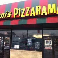 Photo taken at Vinni's Pizzarama by John G. on 2/16/2012