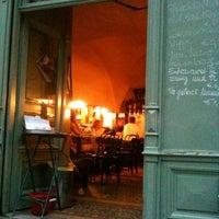 Das Foto wurde bei Kleines Café von Andreas M. am 6/8/2012 aufgenommen