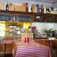 Photo taken at Amici Amici by Caspar Clemens M. on 8/20/2012